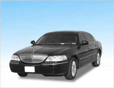 Lincoln Town Car Oakland